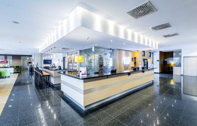 Holiday_Inn_Express_FRANKFURT_-_MESSE-Frankfurt_am_Main-Empfang-1-153381.jpg
