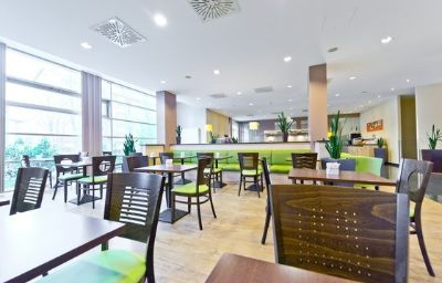 Holiday_Inn_Express_FRANKFURT_-_MESSE-Frankfurt_am_Main-Restaurant-26-153381.jpg