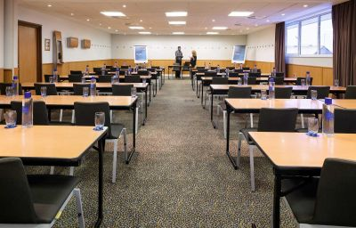 Novotel_Milton_Keynes-Milton_Keynes-Conference_room-3-153643.jpg