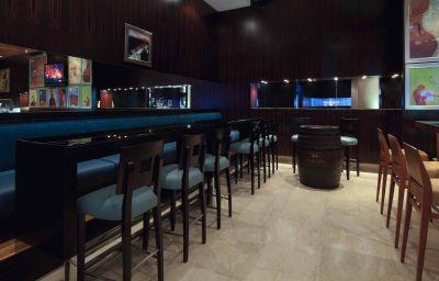 Bar de l'hôtel Novotel World Trade Centre Dubai