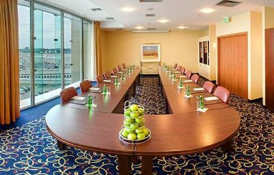 Courtyard_Warsaw_Airport-Warsaw-Conference_room-10-154381.jpg