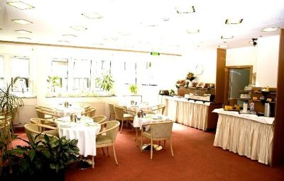 Adler-Frankfurt_am_Main-Restaurant-2-154608.jpg