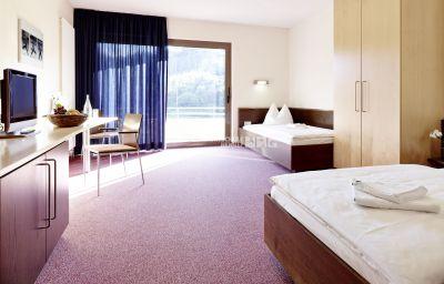 Sportschule_Hennef-Hennef-Double_room_superior-2-154623.jpg