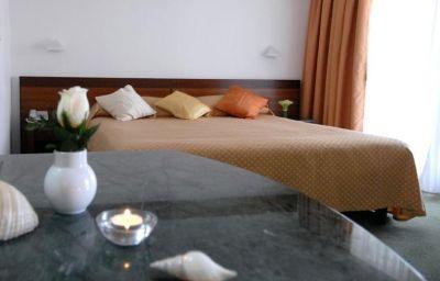 Room Uvala