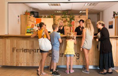 Geyersberg_Ferienpark-Freyung-Reception-154757.jpg