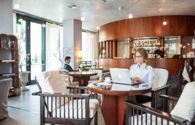 Cosmo_Hotel_Torri-Vimercate-Hotel_bar-8-159920.jpg