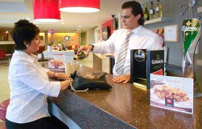 ibis_Dublin-Dublin-Hotel_bar-3-160641.jpg