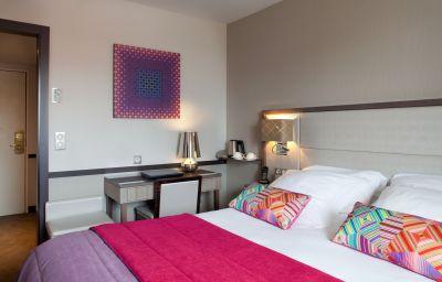 Paris_Neuilly-Neuilly-sur-Seine-Superior_room-6-161334.jpg