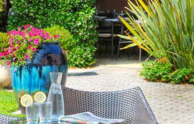 Mercure_Antibes_Sophia_Antipolis-Valbonne-Hotel_bar-1-161368.jpg