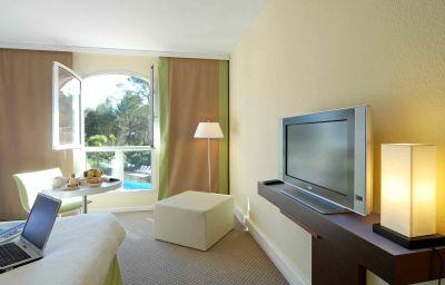 Mercure_Antibes_Sophia_Antipolis-Valbonne-Room-3-161368.jpg