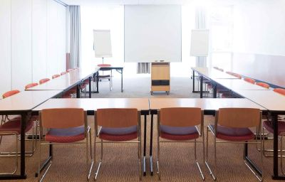 Novotel_Aulnay_Sous_Bois-Aulnay-sous-Bois-Conference_room-3-161823.jpg