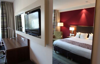 Holiday_Inn_LILLE_-_OUEST_ENGLOS-Englos-Room-161860.jpg