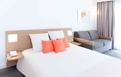 Novotel_Beaune-Beaune-Room-1-161991.jpg