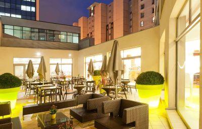 Bar del hotel Novotel Lille Centre Gares