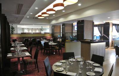 Holiday_Inn_LONDON_GATWICK_-_WORTH-Crawley-Restaurant-8-164178.jpg