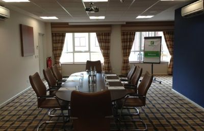 Conference room Holiday Inn LONDON GATWICK - WORTH Crawley (England)