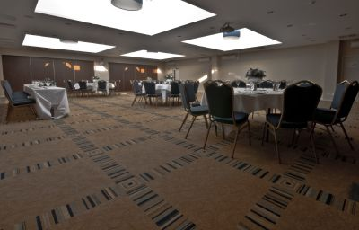 Conference room Holiday Inn LONDON GATWICK - WORTH
