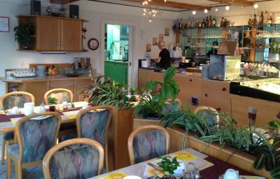 Restaurant/salle de petit-déjeuner Seehalde