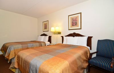 Zimmer Quality Inn & Suites B