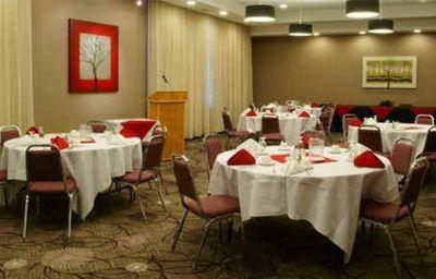 BEST_WESTERN_ROYAL_HOTEL-Saskatoon-Conference_room-4-167199.jpg