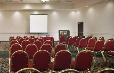 DoubleTree_by_Hilton_Newark_Airport-Newark-Conference_room-8-167715.jpg