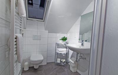 Harms_Gaestehaus-Bad_Nenndorf-Single_room_standard-1-168010.jpg