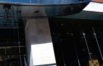 HOTEL_LE_GERMAIN_TORONTO-Toronto-Exterior_view-169528.jpg