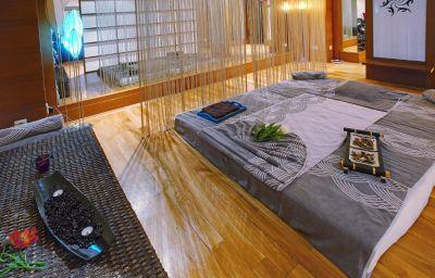 Massage room Rixos Sungate