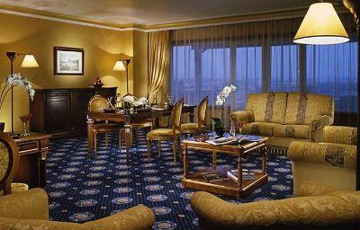 Rome_Marriott_Park_Hotel-Rome-Room-19-170818.jpg