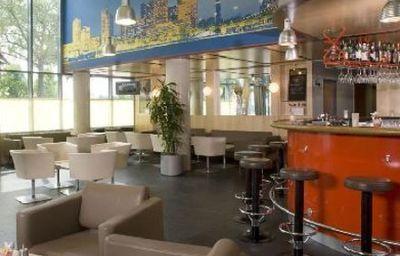 Austria_Trend_Hotel_Messe_Wien-Vienna-Hotel_bar-3-171420.jpg