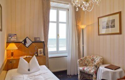Seetel_Romantik_Strandhotel_Atlantic_mit_Villa_Meeresstrand-Bansin-Single_room_standard-172032.jpg