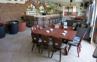 Restaurant/salle de petit-déjeuner Lang Pension