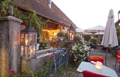 Landgasthof_Baeren-Madiswil-Terrace-185268.jpg