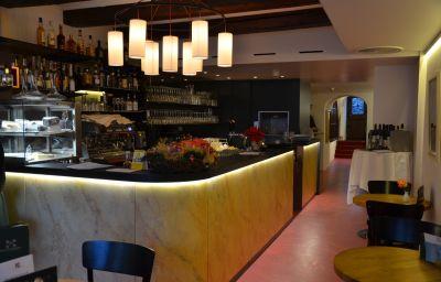 Schluessel-Lucerne-Cafe_Bistro-185982.jpg