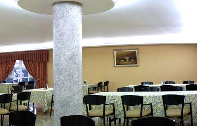 Petit-déjeuner buffet Castro