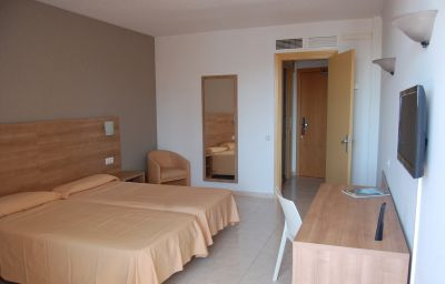 Santa_Rosa-Lloret_de_Mar-Double_room_superior-2-196629.jpg