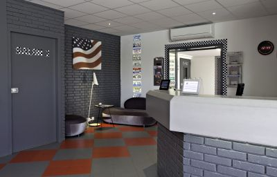 Reception Best Western Bordeaux Aeroport