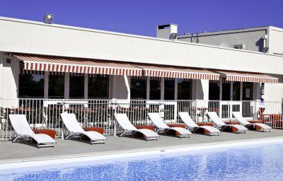 Best_Western_Bordeaux_Aeroport-Merignac-Pool-3-203325.jpg