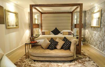 Grosvenor_Pulford_Hotel_Spa-Chester-Double_room_superior-211664.jpg
