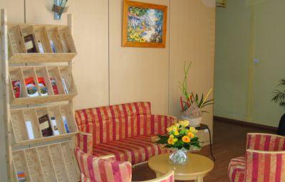 Appart_Hotel_du_Parc_Residence_Hoteliere-Rouffiac-Tolosan-Hall-1-214372.jpg