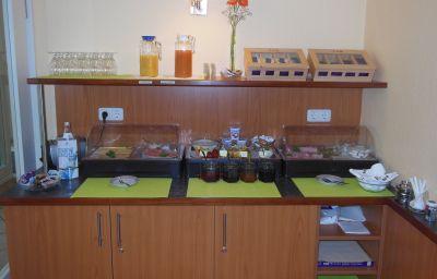 Bufet de desayuno Cristobal
