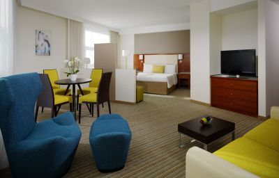 Junior Suite Courtyard by Marriott Berlin Mitte Berlin
