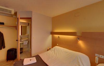 Ptit_Dej-HOTEL_Beziers-Est-Villeneuve_les_beziers-Double_room_standard-3-215092.jpg