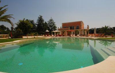 Relais_Chateaux_Villa_San_Martino-Martina_Franca-Pool-3-216340.jpg