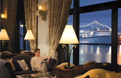 Hotel bar Labourdonnais Waterfront Hotel