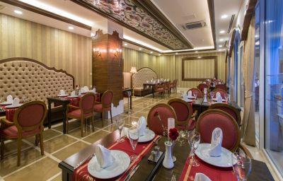 Restaurant 2 Sherwood Breezes Resort
