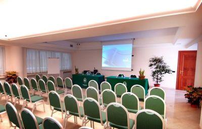 Salle de séminaires Des Etrangers