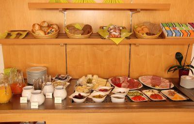 Bufet de desayuno Am Hachinger Bach