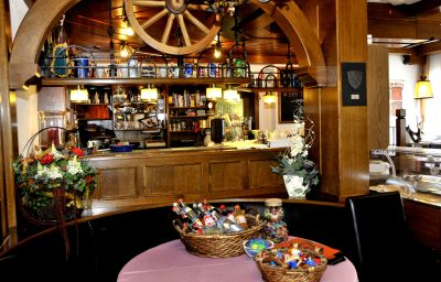 Salle du petit-déjeuner Drei Rosen
