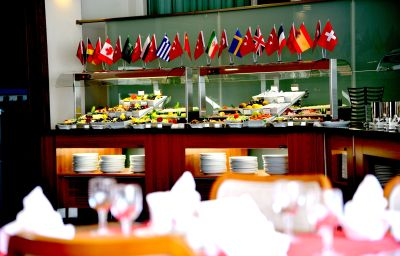 Bufet de desayuno Hegsagone Marine Asia
